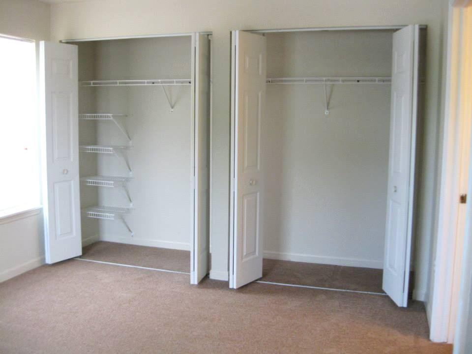 3 Bed Closet