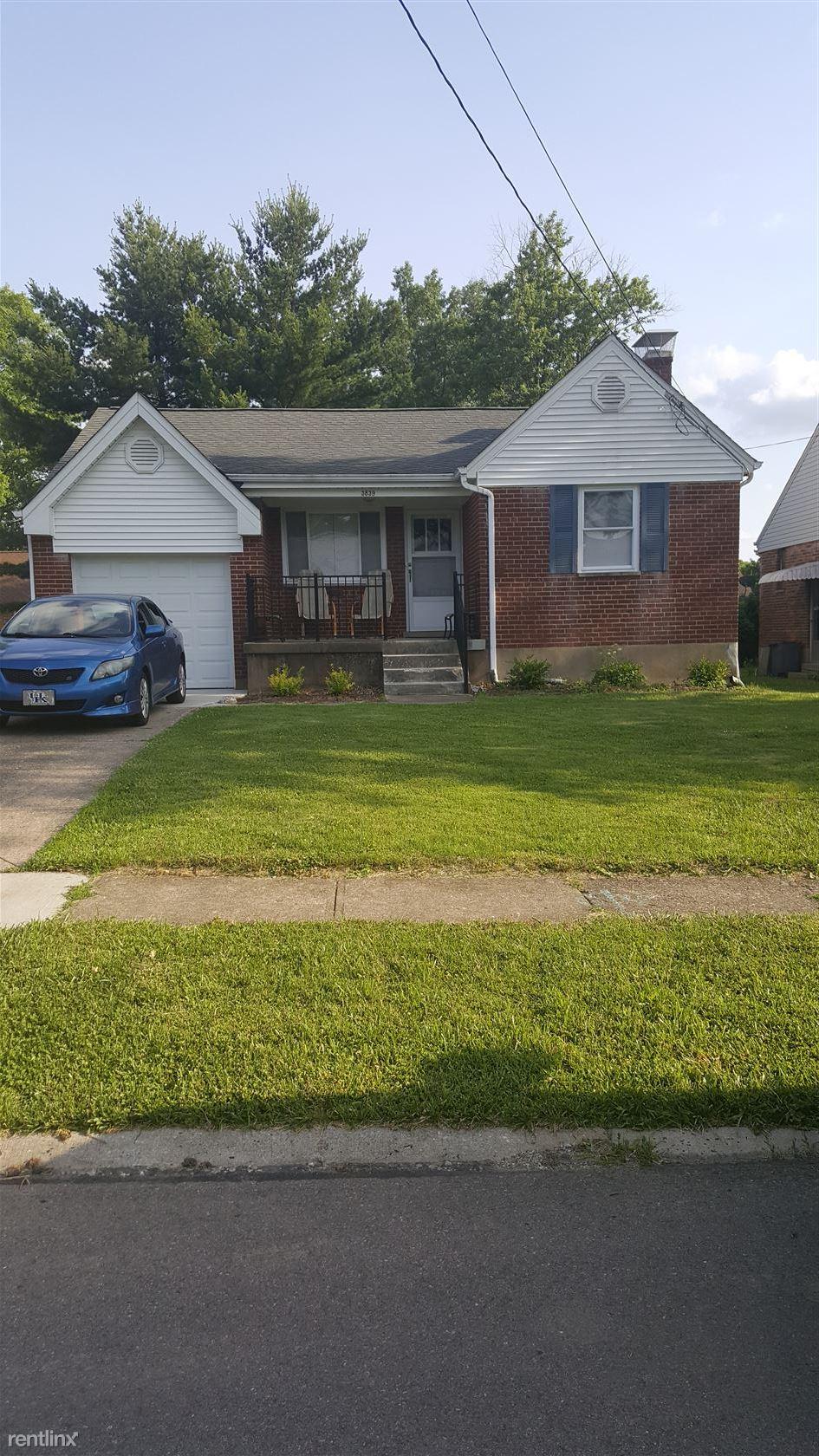 3839 Gatewood Ln