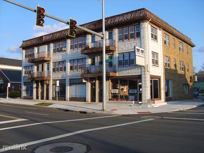 1391 W Sylvania Ave