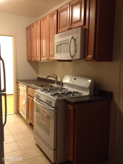 Renovated 2 br, 1 ba Apt - Laundry On Site/Mamaroneck