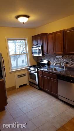 Lovely 2 Bedroom Apt In Garden Building/ Rye. Utilities/Pets/Parking