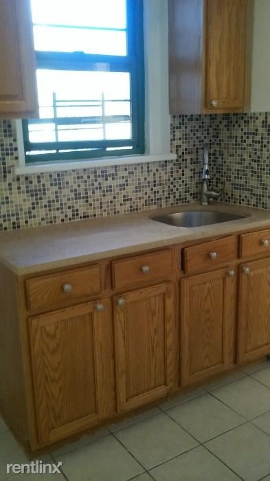 Beautiful Spacious 2 BR 2 BTH Apartment In Elevator Building /Yonkers