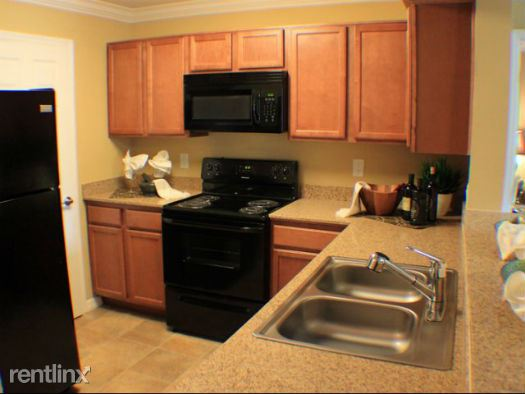 Aventine at Forest Lakes (Pacifica)