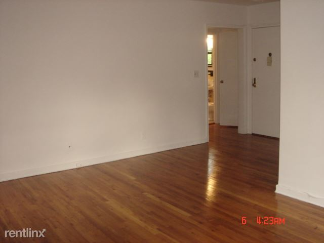 Delightful 1 Bedroom Apartment - Laundry On Site - New Rochelle
