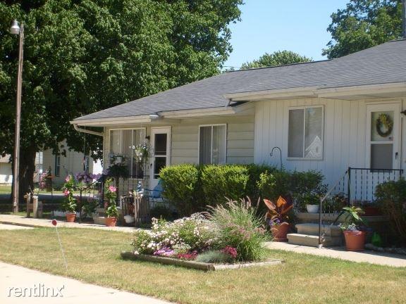 $0 per month , 403-407 North Ovid Street, Sandstone