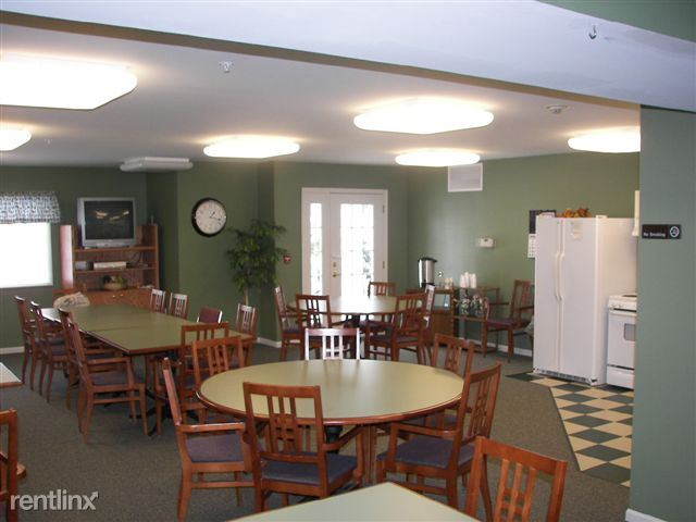 Community room w/ fully equiped kitchen