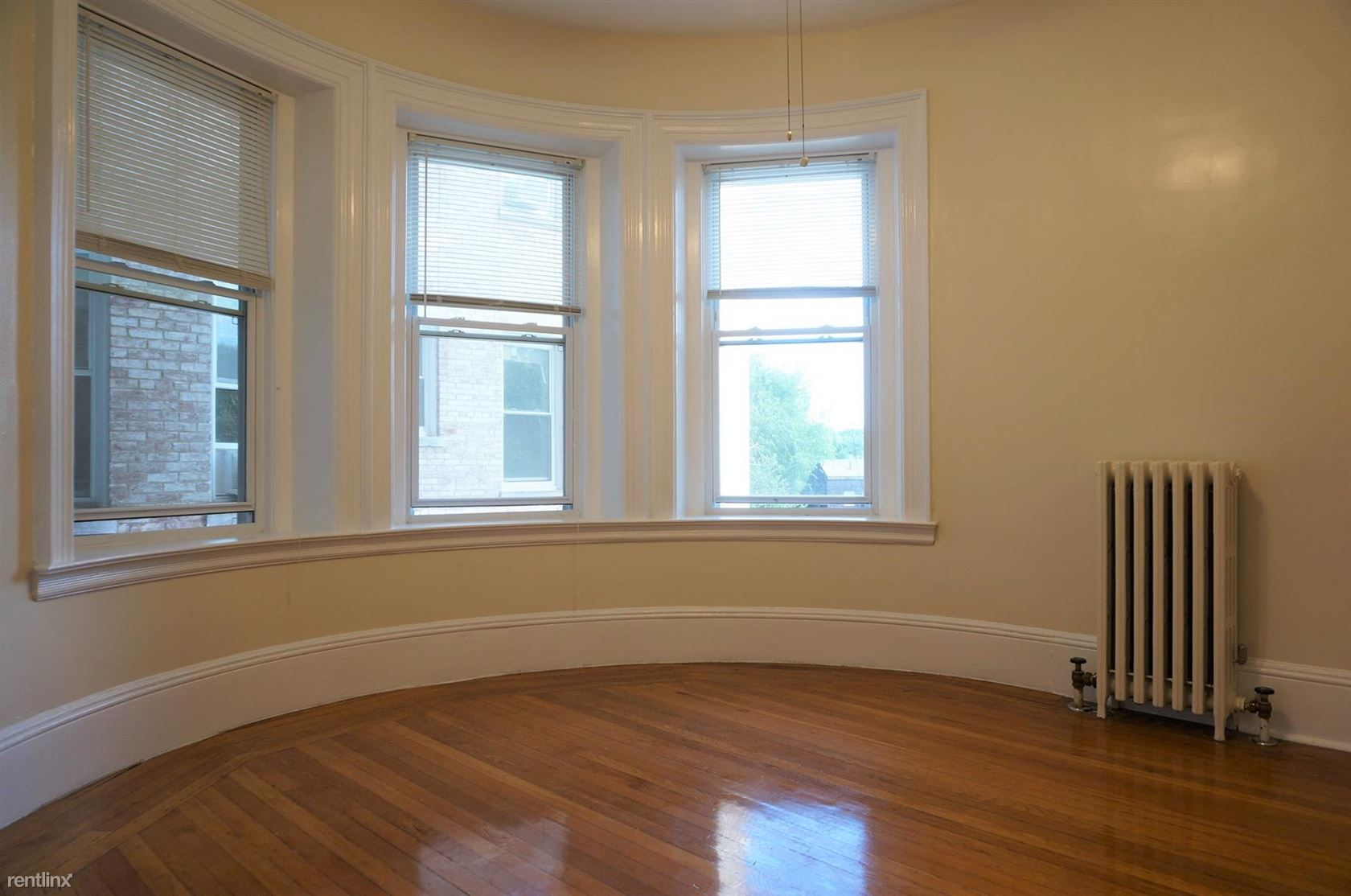 1477 Beacon St Apt 8RZ
