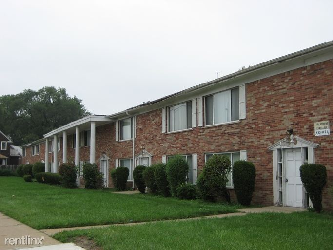 Southfield Colonial Apartments