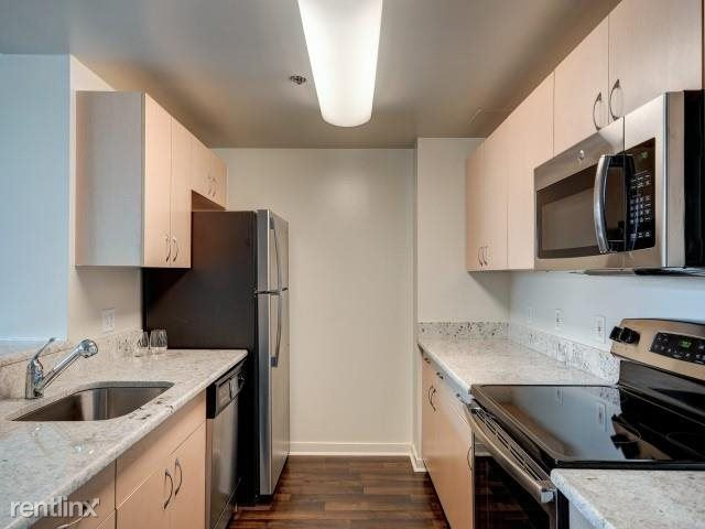 Beautiful Luxury 2 Bed 2 Bath Apt - Parking - Pets Welcome - Laundry / White Plains