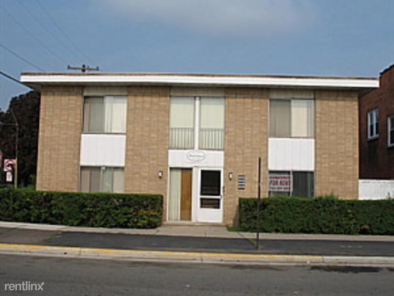 Lincoln Park 1 Bedroom Rental At 2406 Fort Park Lincoln Park Mi 48146 3 600 Apartable