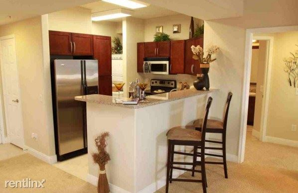 683 Sf 1 Bed Apartment 2345 Sage Road Houston Tx 77056