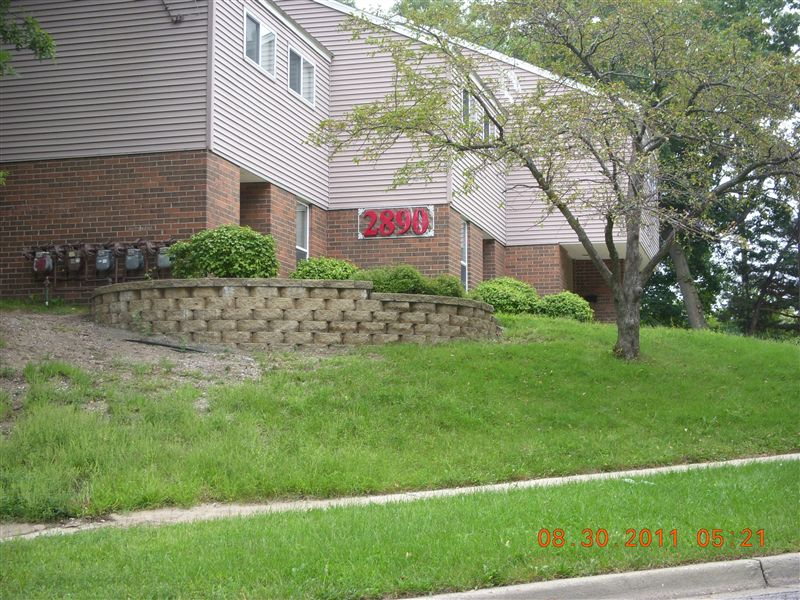 2890 Townhouse