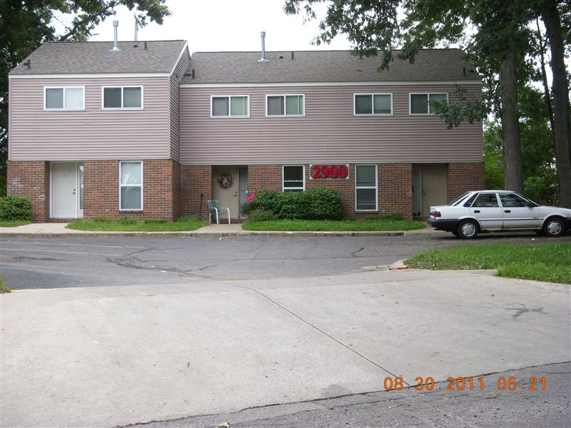 2900 Townhouse