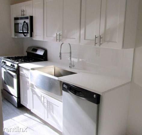 Beautifully Renovated 1 Bedroom Apt on 2nd Floor - Parking - Laundry / Bronxville