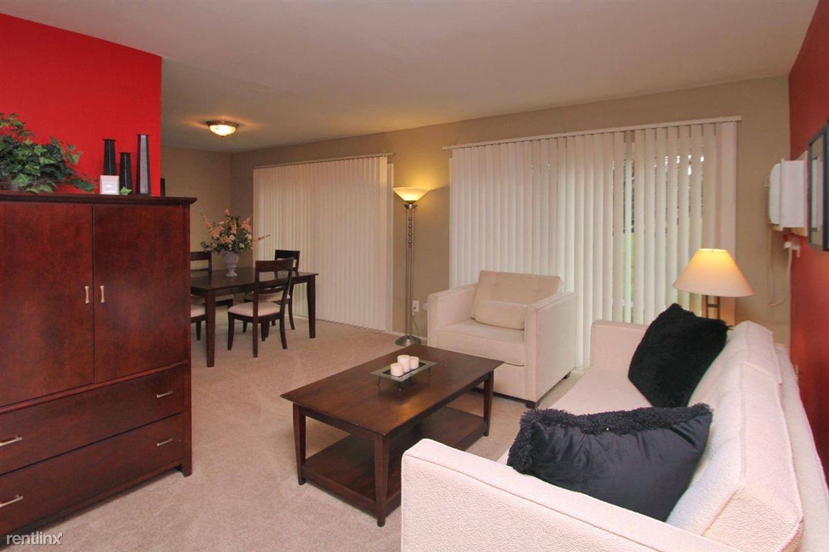 Roosevelt  Living Room
