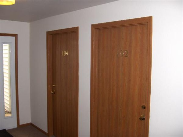 Entry Doors Units 102 and 104 HPIM0713