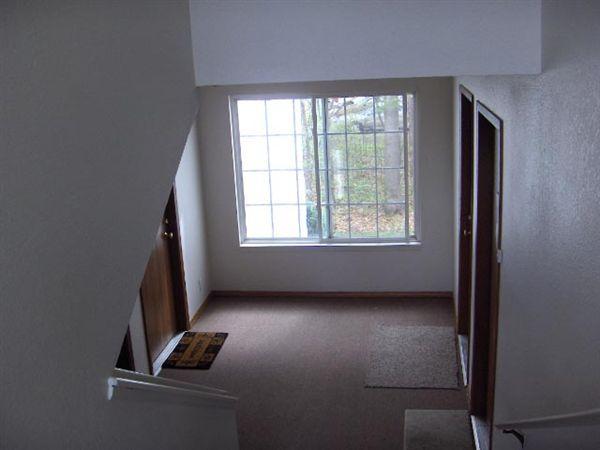 Hallway Second Floor HPIM0710