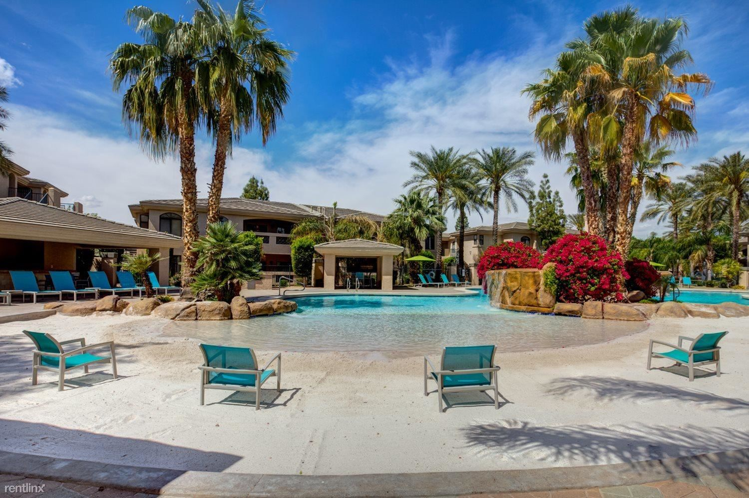 Walking distance to Kierland/Scottsdale Quarter