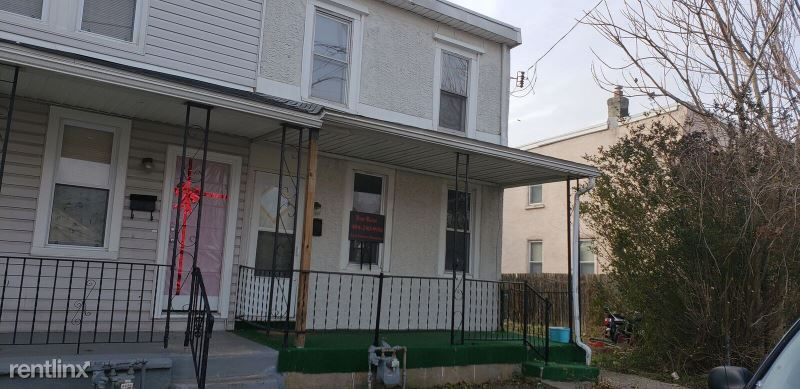 1118 Central Ave