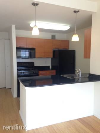 Modern Studio Apt in Luxury Building - Pets - Laundry - Stunning Views - New Rochelle