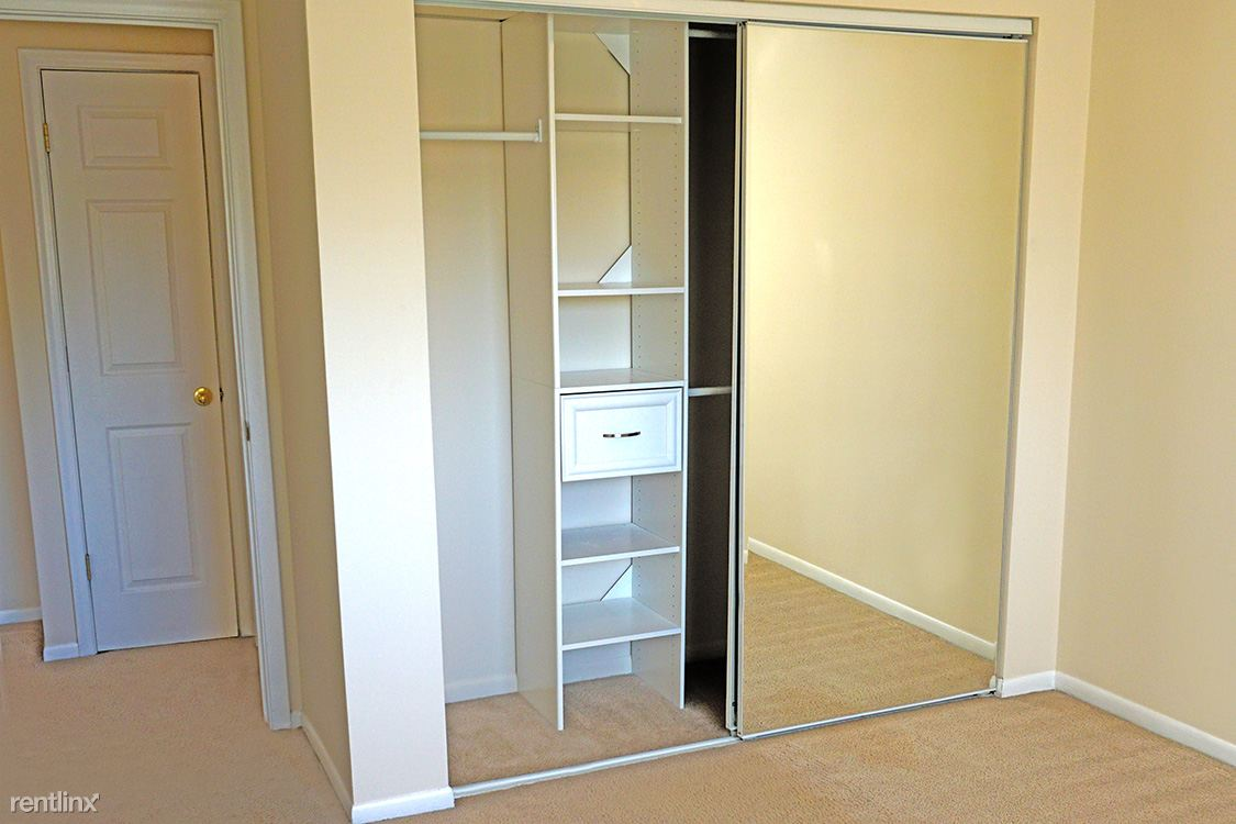 Large Closets with Wardrobe Organizer