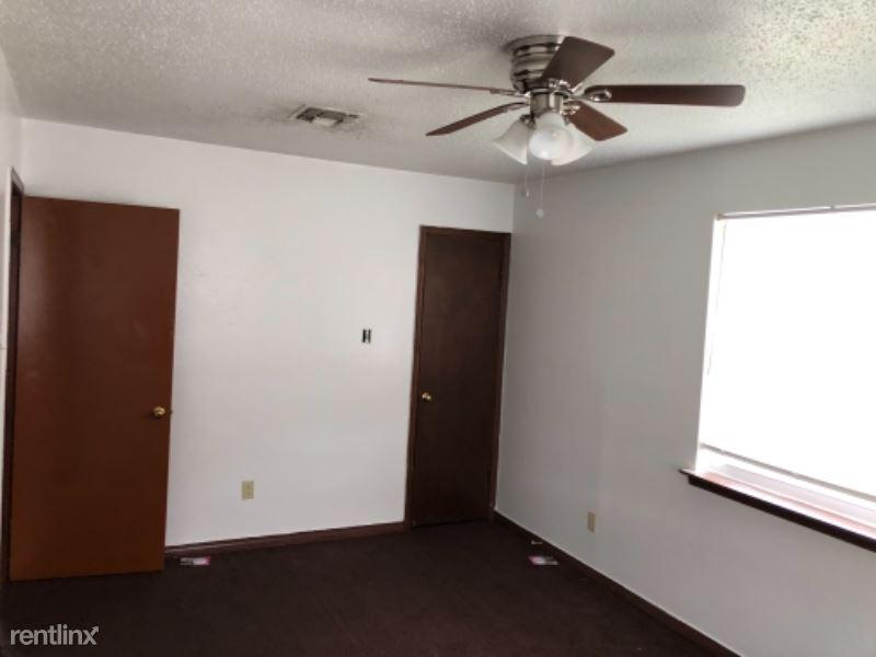 704 Colony Drive Apartment C
