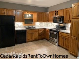 RENT TO OWN Amazing 3 bed 2 bath 2 stall garage at