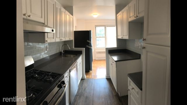 Beautiful 2 Bedroom 2 Bath Apartment on 6th Floor in Building Located in Bronxville