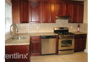 Outstanding 3 br, 2.5 ba House - W/D In Unit - 1 Car Garage/Port Chester