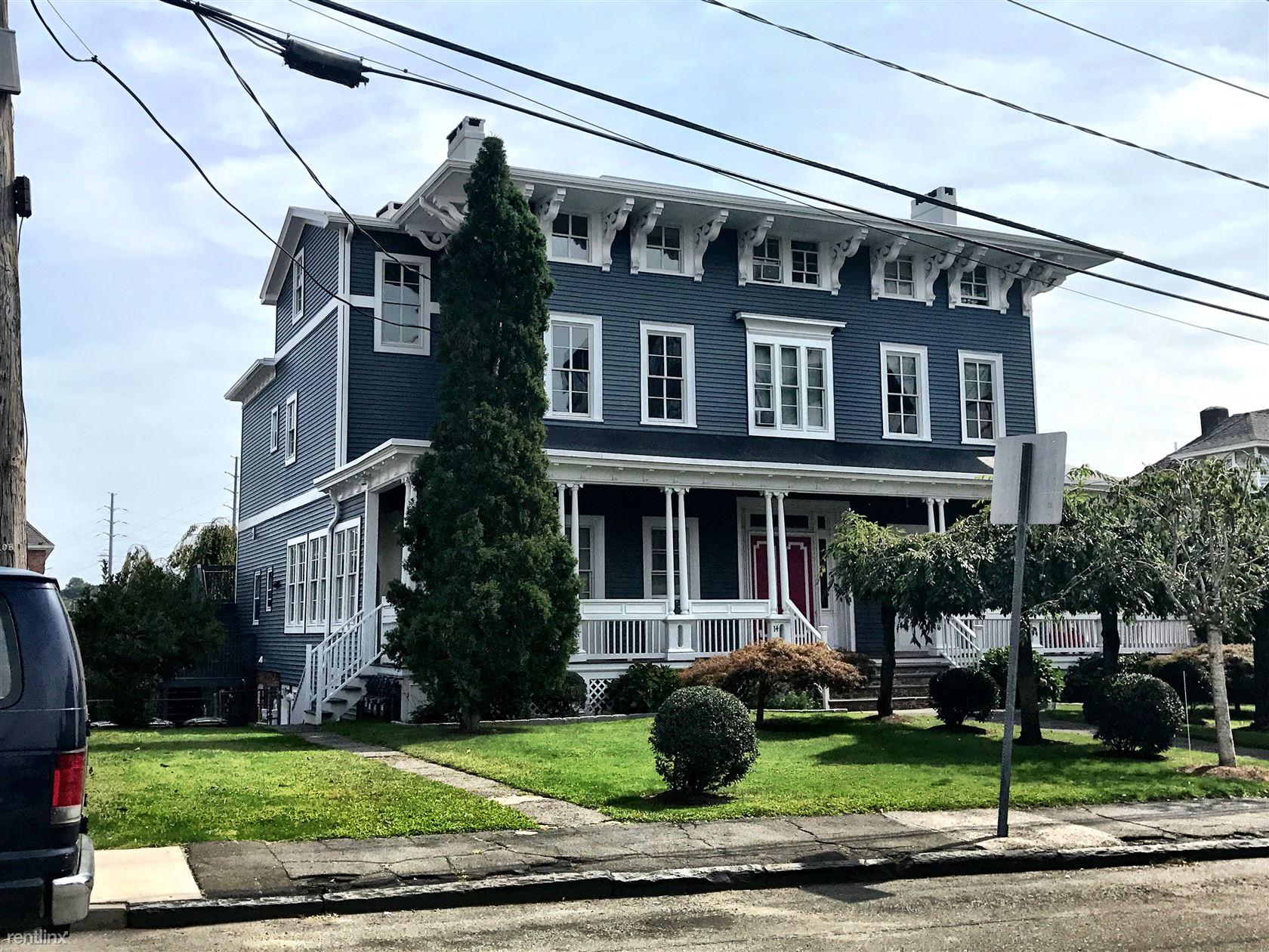 16 Clark's Hill Avenue
