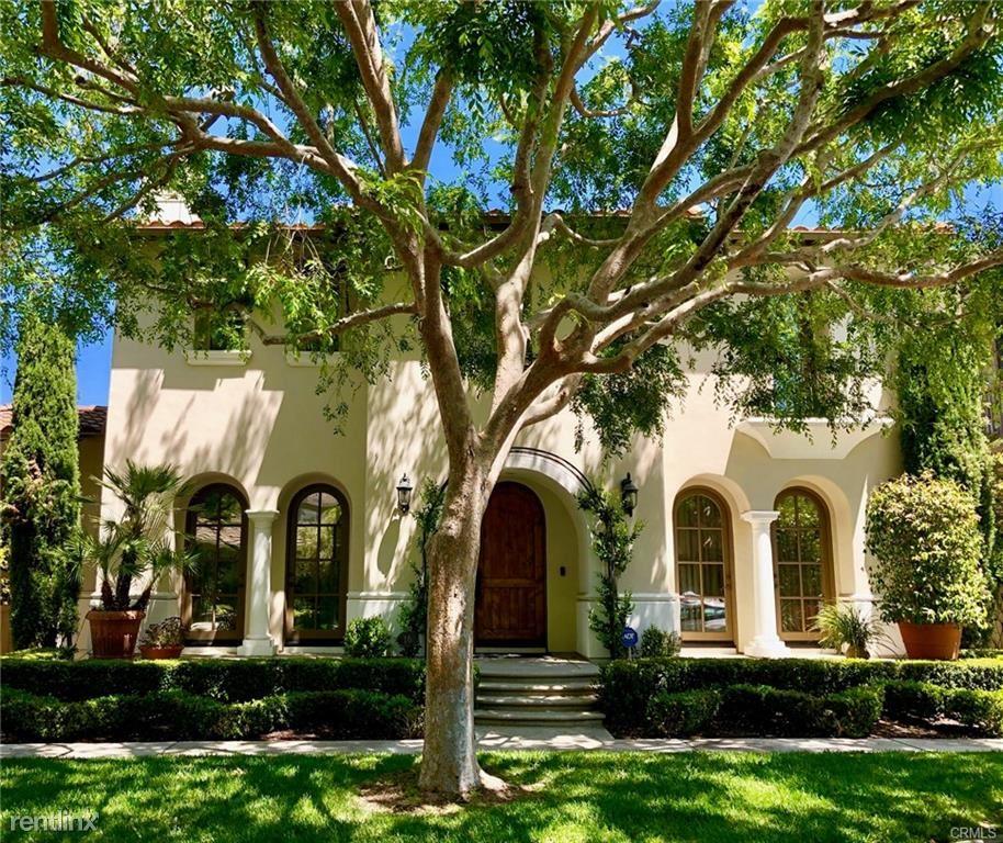 Apartment For Rent At 16 Boardwalk Newport Beach Ca 92660 Rentler