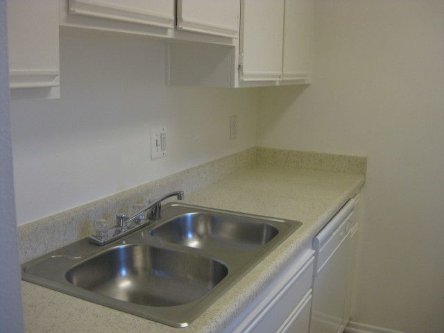 1BD+Loft-Kitch sink