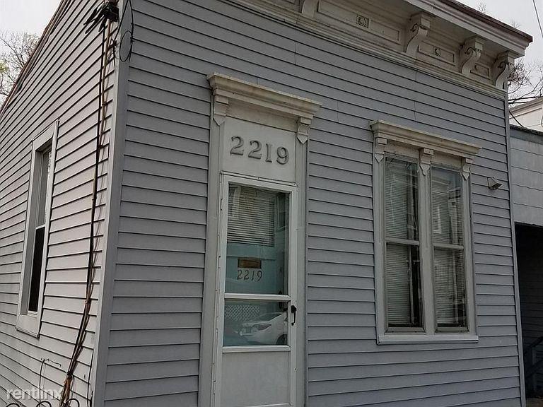 2219 Flora St
