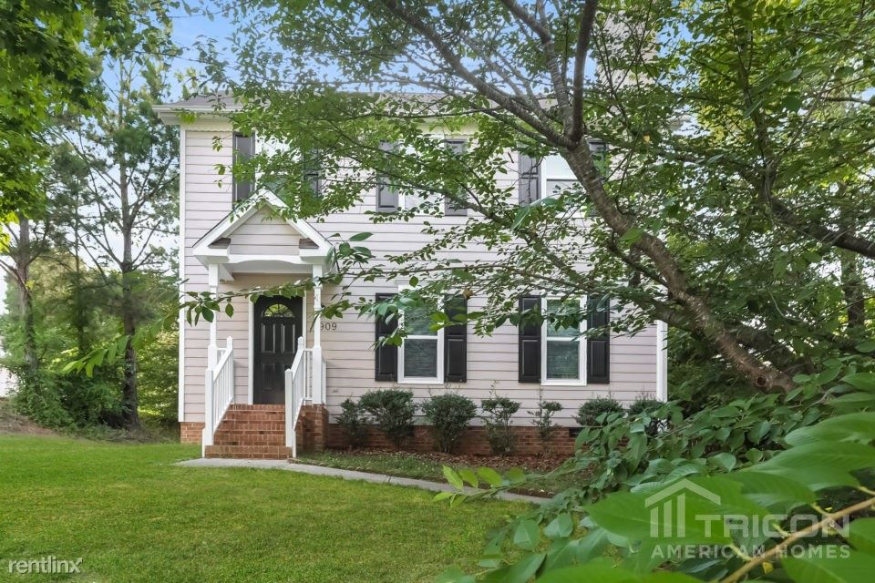 Superb Apartment For Rent At 909 Penncross Drive Raleigh Nc 27610 Rentler Complete Home Design Collection Barbaintelli Responsecom