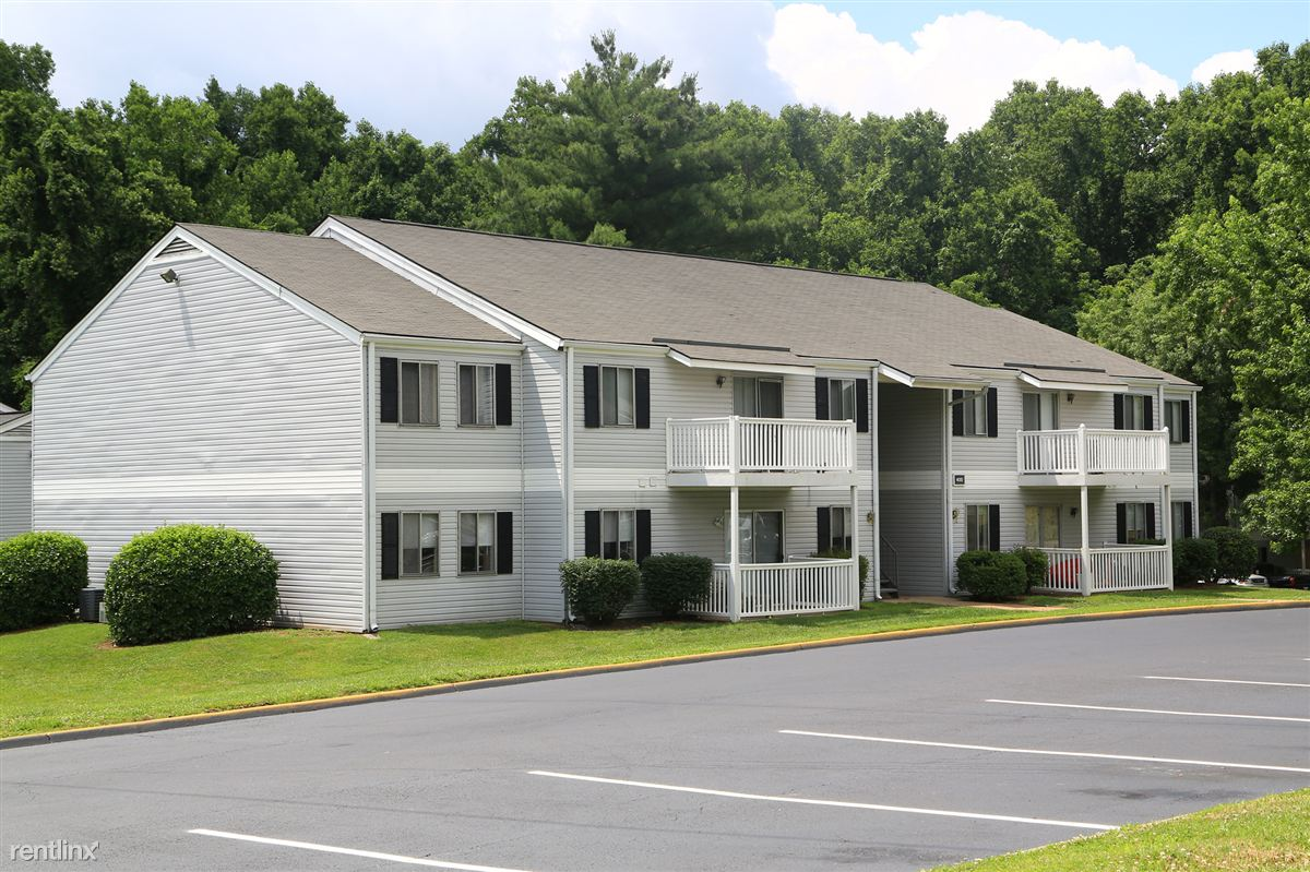 College apartments in nashville college student apartments for 500 brooksboro terrace