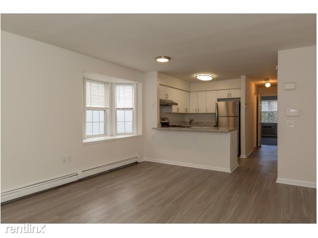 Spacious 2 Bedroom Apartment - Pets Welcome - Parking - Elmsford