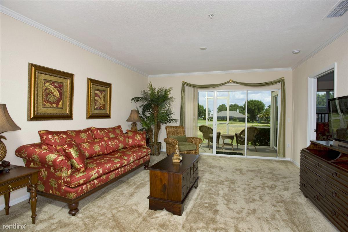 Audubon Oaks Living Room