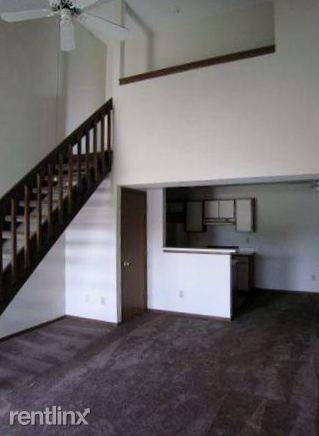 2x2 Loft livingroom (319x436)