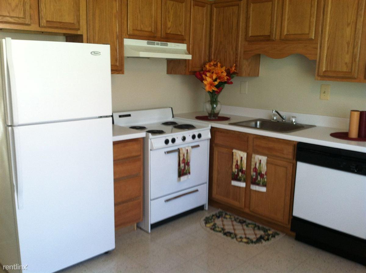 town home kitchen