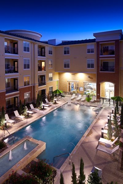 College Apartments in Richardson | College Student Apartments