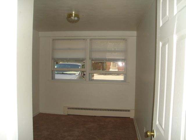 1320 Winters Dr #1B Bedroom