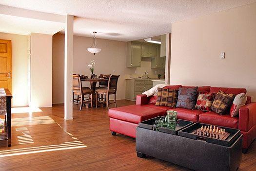 Living-dining room - Pinewood Villas, Orange