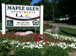Maple Glen Sign