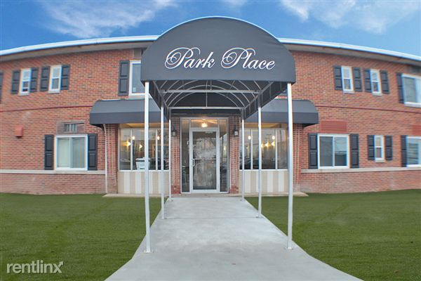 14011 Brookpark Rd, Brook Park, OH