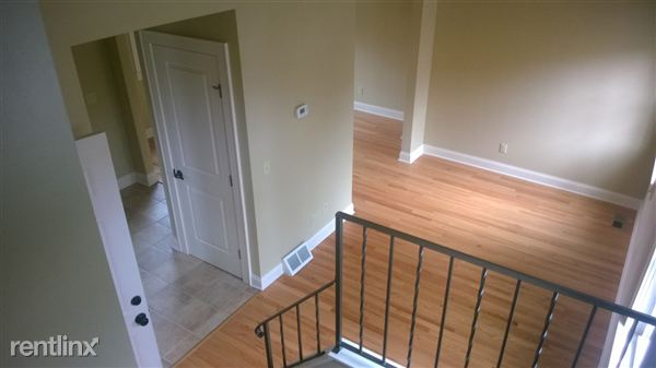 2019 Oakland Ave Unit 2 $1200