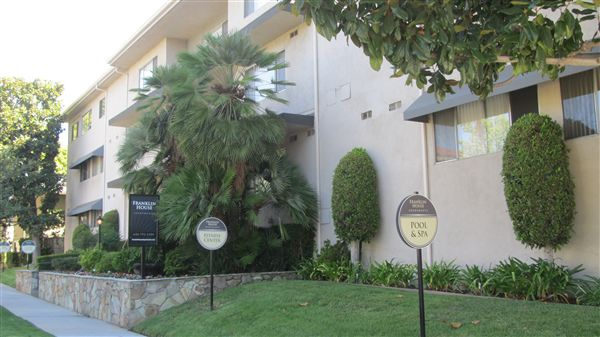 250 S Oak Knoll Ave, Pasadena, CA