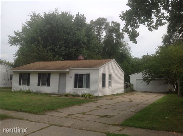 5729 Roanoke St, Portage, MI