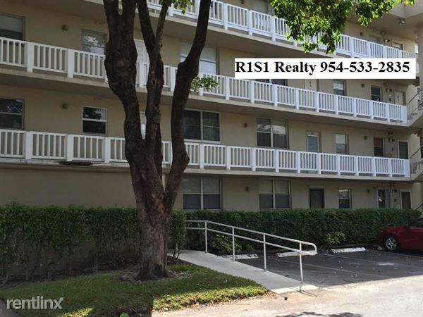 117 Royal Park Dr, Oakland Park, FL
