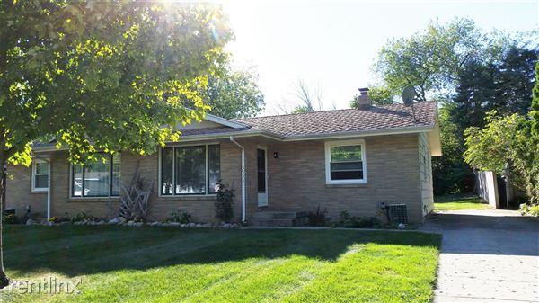 3533 Goodman Ave Sw, Wyoming, MI