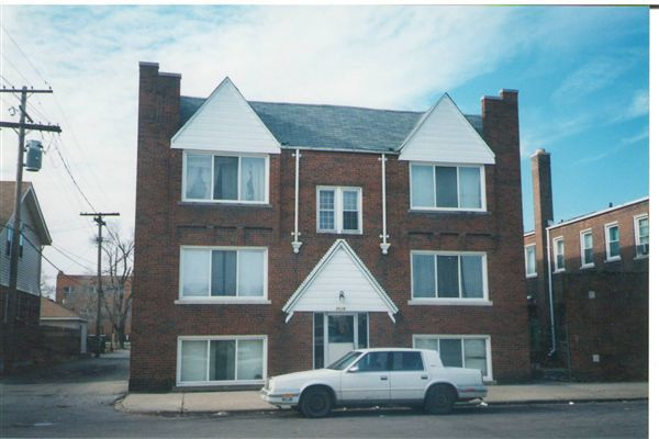 Apartment for Rent in Dearborn